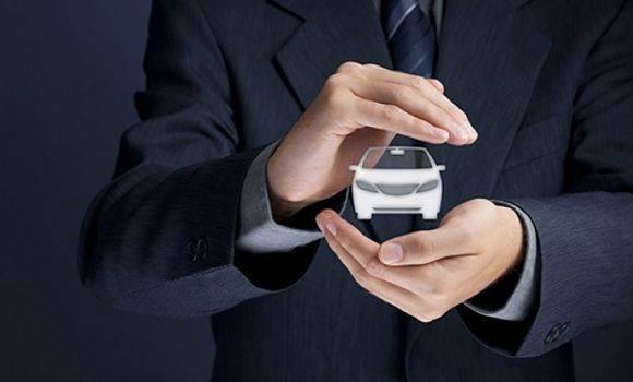 É possível simular os preços oferecidos por diversas seguradoras.