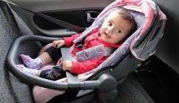 Saiba como o bebê conforto deve ser instalado